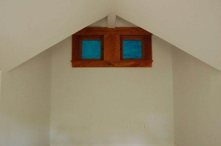 Square Windows | Jade Mountain Builders