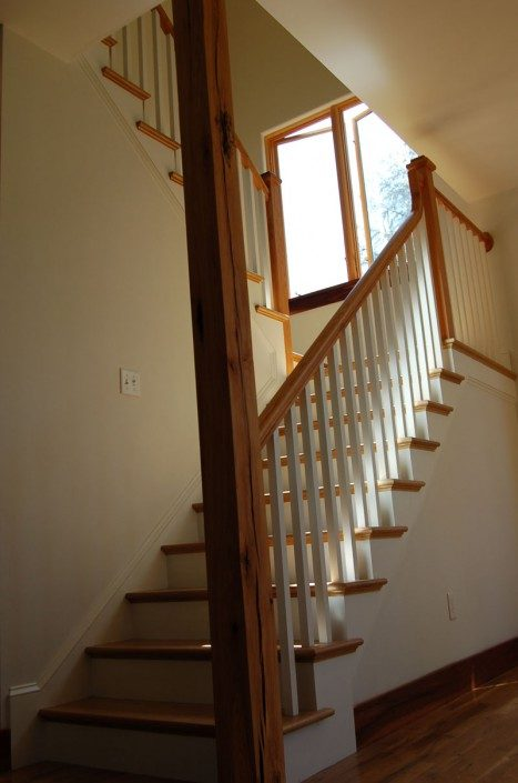 Beautiful Staircase | Jade Mountain Builders